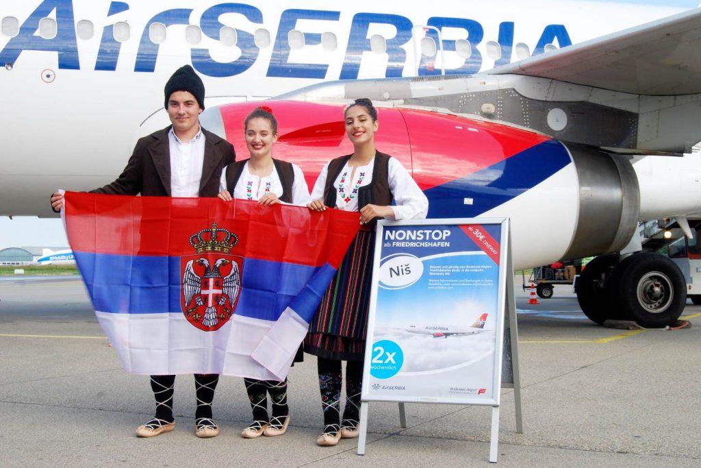 Flughafen Friedrichshafen: Air Serbia Erstflug aus Niš