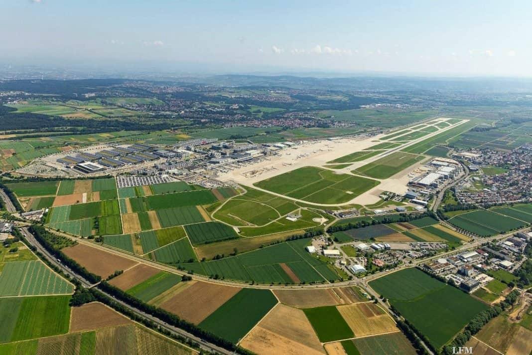 Flughafen Stuttgart: Pistenlärm durch Bauarbeiten auf der Landebahn bei Nacht