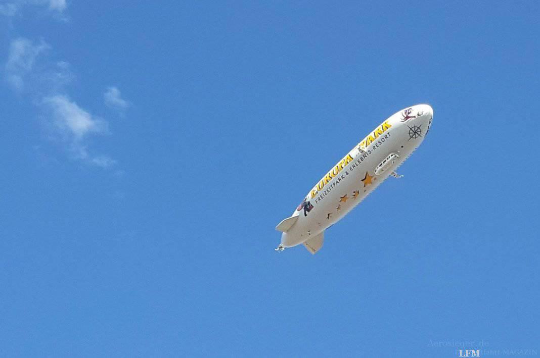 Zeppelin am Bodensee-Airport Friedrichshafen