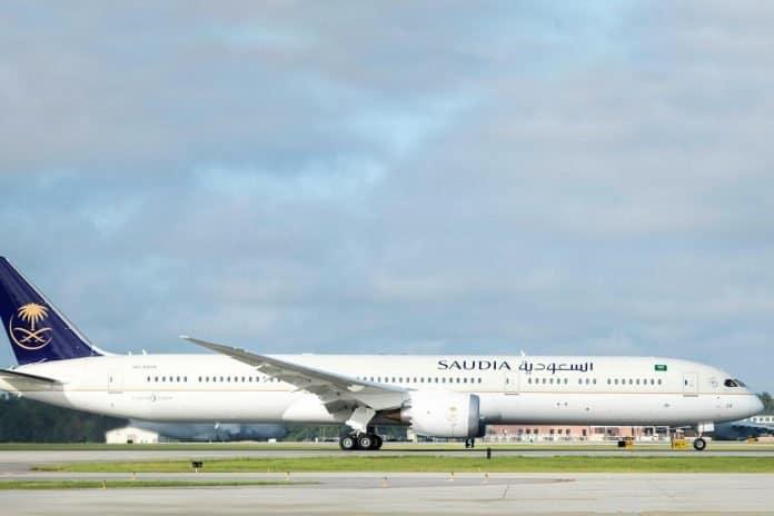 Saudi Arabian Airlines fliegt erstmals Boeing 787-10 Dreamliner