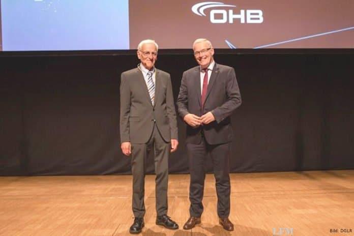 DGLR eehrt Karl-Heinz Horstmann für Laminarforschung
