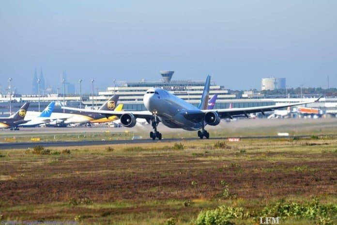 Köln/Bonn Airport: Die portugiesische Insel Porto Santo bleibt Charter-Direktziel von OLIMAR