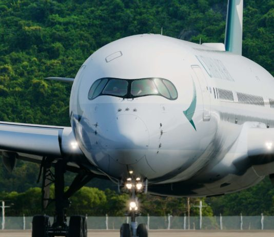 Cathay Pacific verdreifacht Fly Greener Kundeneinsatz