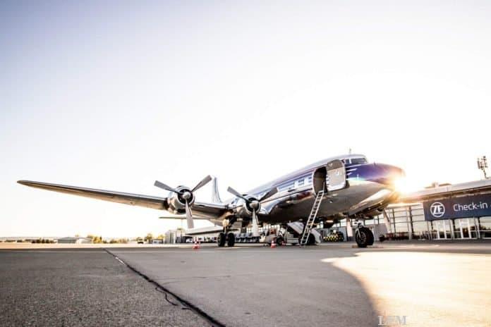 Douglas DC-6 zu Besuch am Flughafen Firiedrichshafen