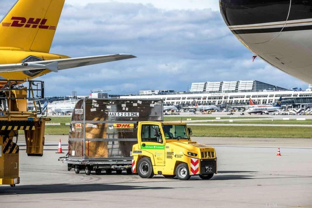 Flughafen Stuttgart erhält E-Schlepper fürs Vorfeld