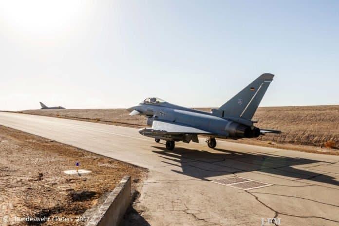 Deutsche Eurofighter Kampfflugzeuge bei der