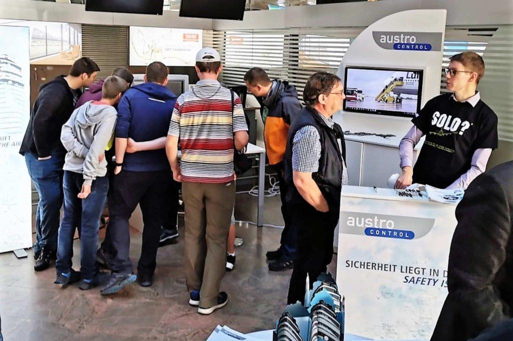 Austro Control sucht Nachwuchs: Beruf Fluglotse/Fluglotsin