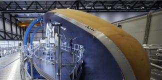 Herstellung von Ariane 5-Nutzlastverkleidungen in Emmen
