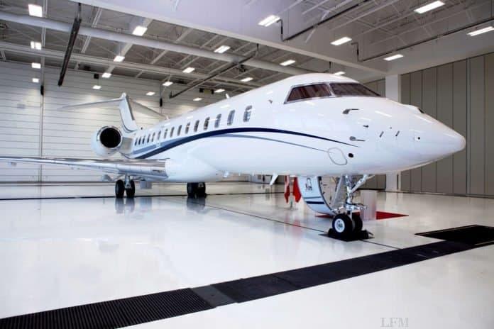 Den ersten Global 6500 hat Bombardier nach Hong Kong an HK Bellawings Jet Limited ausgeliefert.