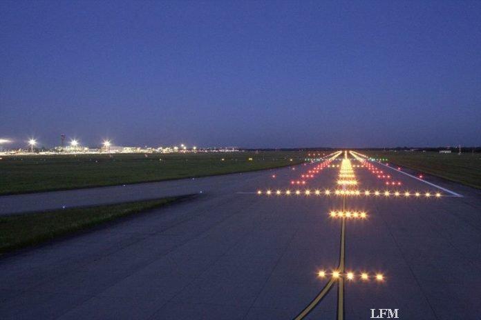 Nachtflüge am Düsseldorfer Flughafen rückläufig