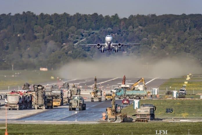 Flughafen Suttgart nimmt Flugbetrieb wieder auf
