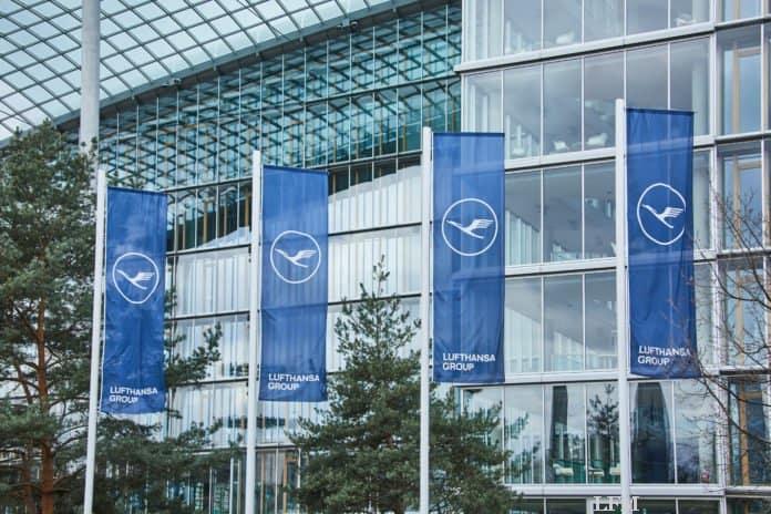 Lufthansa Group Fahnen LAC