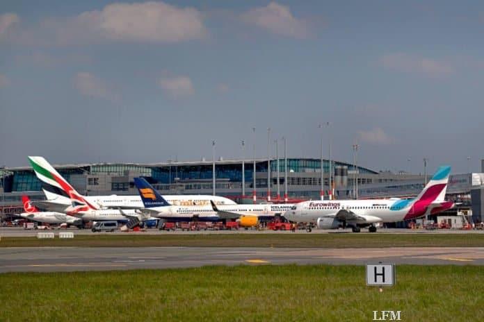 Flughafen Hamburg regelt Flugbetrieb ohne Piste 05/23