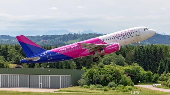 Start einer Wizz Air Maschine ab FMM