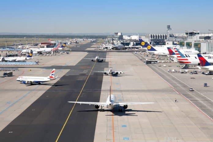 Corona: Quarantäne für Flugpassagiere wie neuer Lockdown
