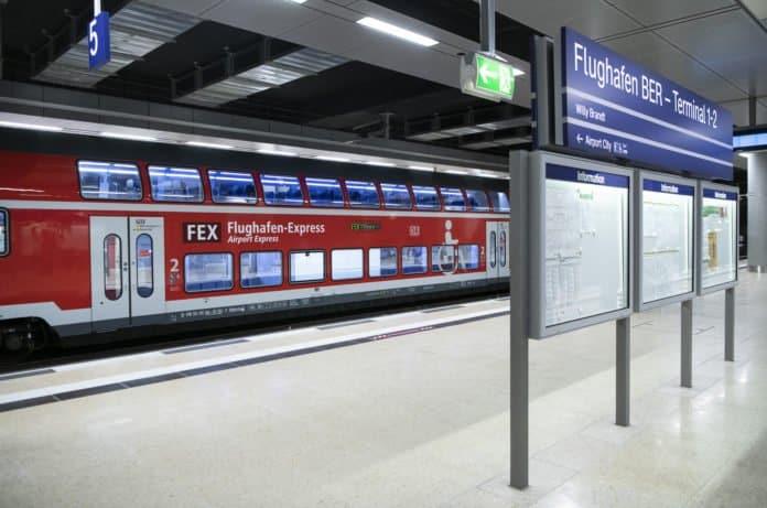Inbetriebnahme des Bahnhofs