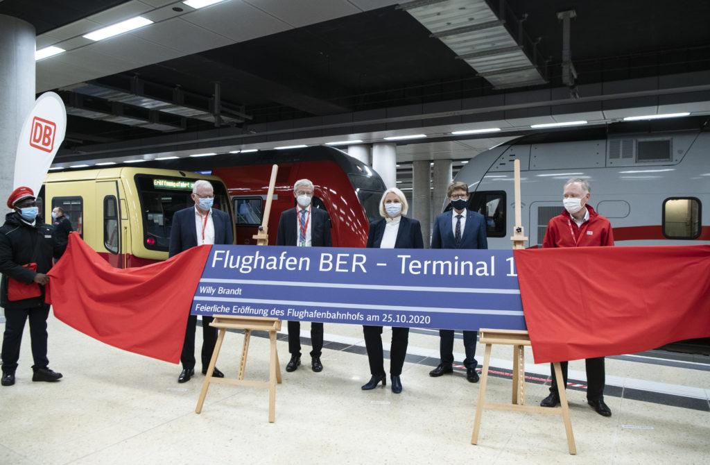 "Offizielle Eröffnung des Bahnhofs ""Flughafen BER - Terminal 1-2"""