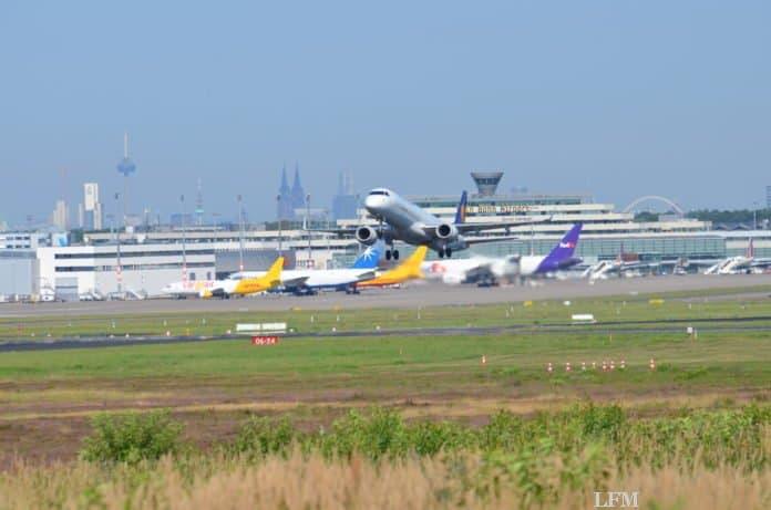 Flughafen Köln Bonn sperrt große Startbahn (Foto; Köln Bonn Airport)