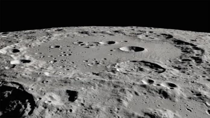 Clavius-Krater auf dem Mond
