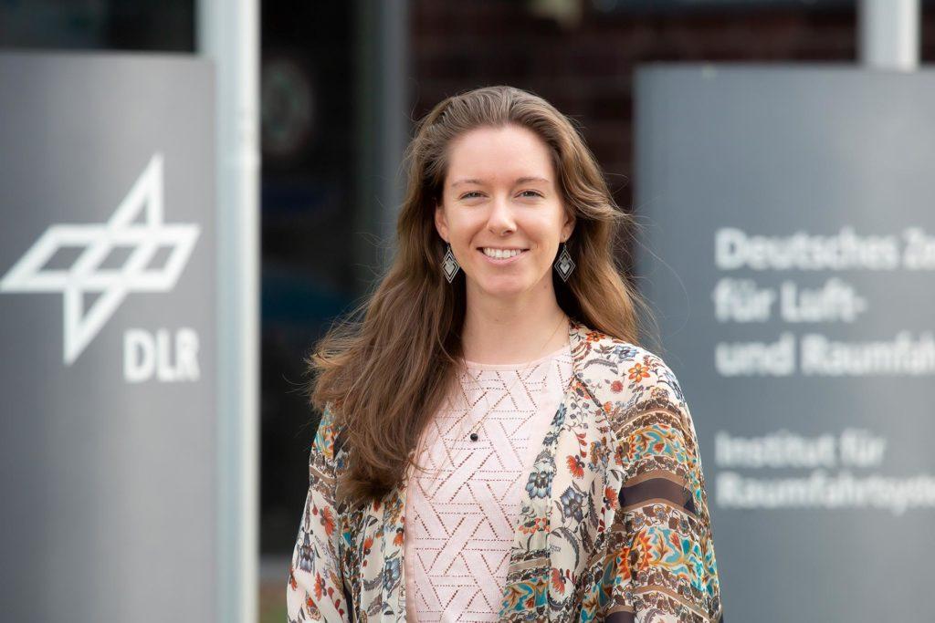 Jess Bunchek am Institut für Raumfahrtsysteme des Deutschen Zentrums für Luft- und Raumfahrt (DLR)