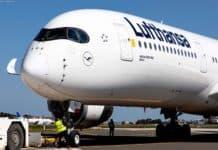 """Lufthanssa Airbus A350-900 mit Taufnamen """"Erfurt"""" (Registrierung D-AIXJ)"""