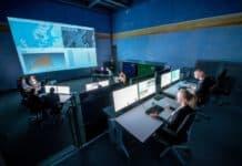 DLR Airport und Control Center Simulator (ACCES): Im DLR Airport and Control Center Simulator (ACCES) wird der erste Demonstrator des Launch-Coordination-Center (LCC) aufgebaut.