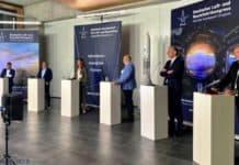 Expertender Luft- und Raumfahrt im Forschungs- und Technologiezentrum ECOMAT in Bremen